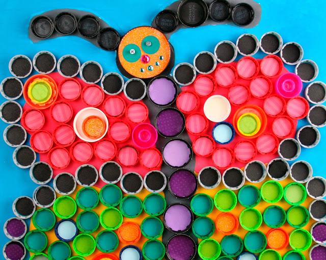 Borboleta com tampinhas de garrafa pet - Reciclagem