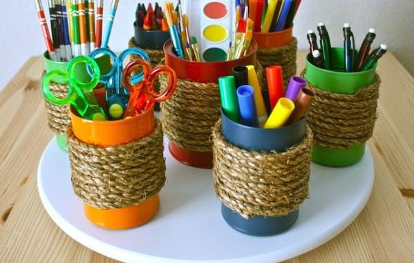 Ideia de Organizador de Material Escolar com Reciclagem