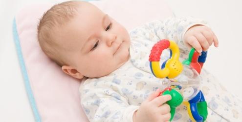 Brinquedos para diferentes etapas e idades do desenvolvimento infantil