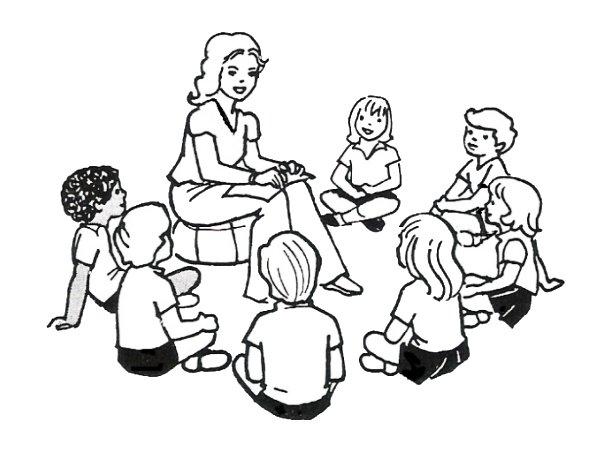 """É importante ter um espaço para a """"roda de conversas"""". As crianças devem sentar ao redor da educadora de forma confortável."""