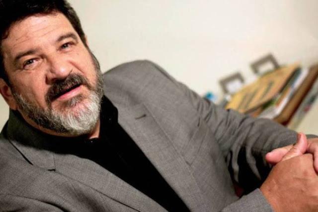 """""""Casa arrumada, é uma casa triste"""" por Mario Sergio Cortella"""