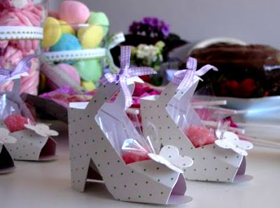 Lembrancinhas - Sapatinhos de papel com moldes