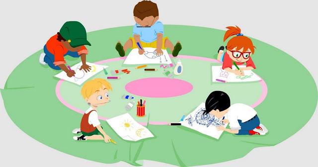 Seja para brincar ou para fazer uma tarefa escolar, o grafismo na infância está presente desde muito cedo. Basta que a criança consiga empunhar um giz de cera para que ela comece a se expressar.