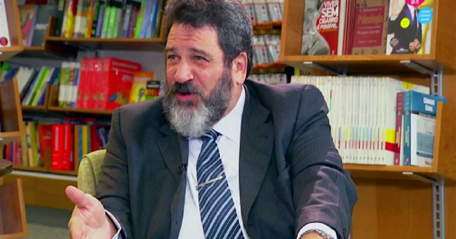 """""""Se você não aguenta mais a vida, mude!"""" por Mario Sergio Cortella"""