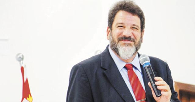 """""""A primeira regra de toda casa deveria ser: é proibido resmungar!"""" por Mario Sergio Cortella"""