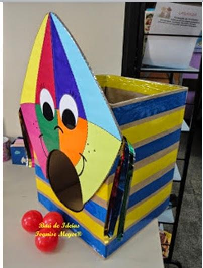 Festa Junina - Boliche com caixa de papelão