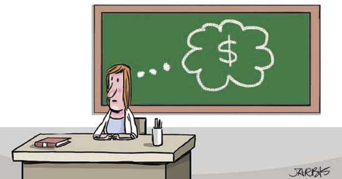 Professores brasileiros ganham em média menos de R$ 3,5 mil