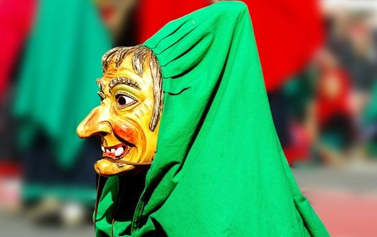 Alfabetizando com contos de terror da cultura popular brasileira