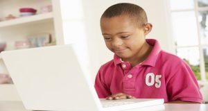Como incluir alunos com deficiência com a tecnologia.
