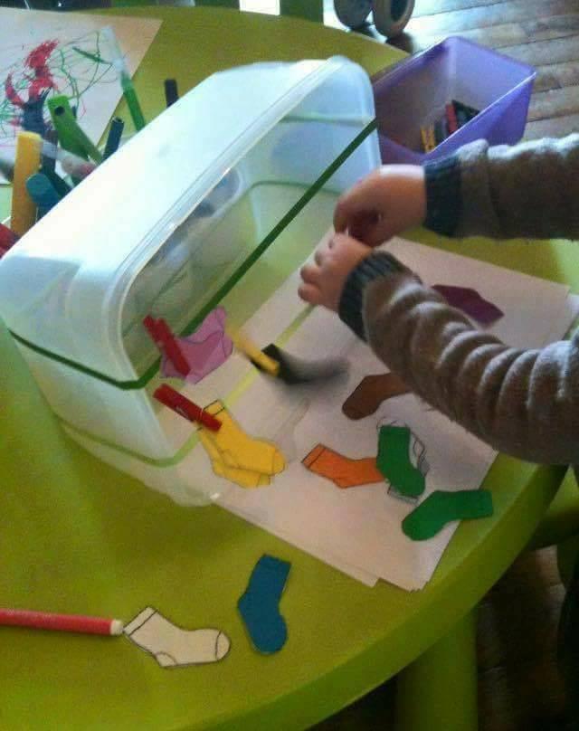 Ideias para trabalhar cores e coordenação motora