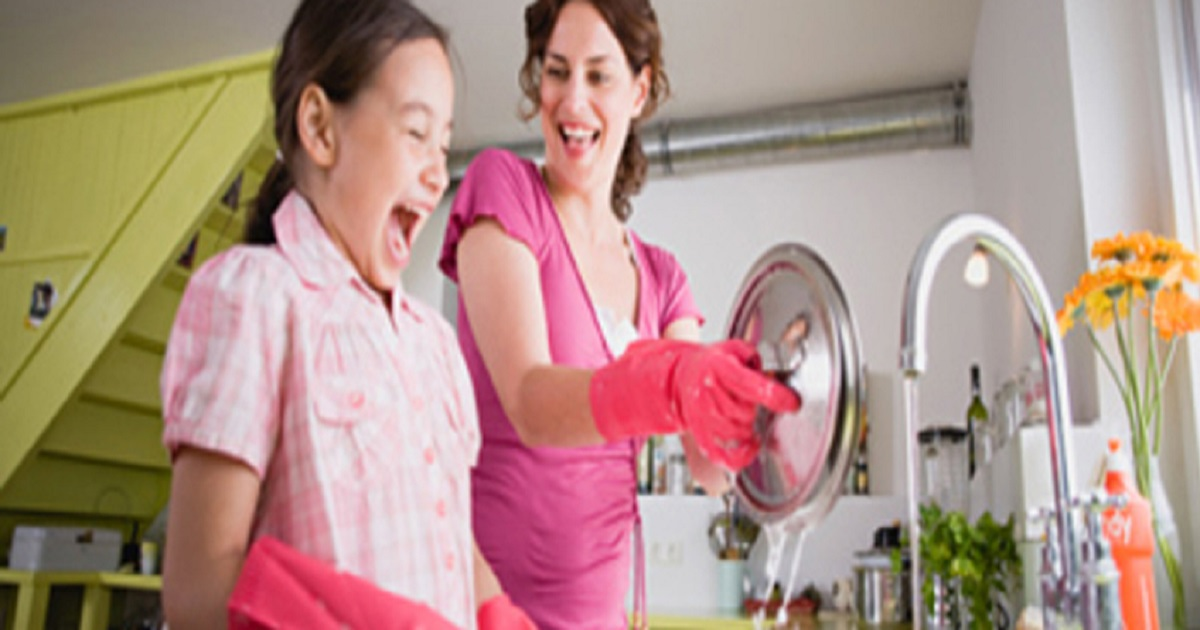 Tarefas que seu filho pode fazer e idade