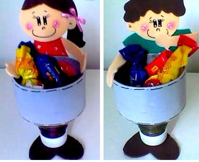 Crianças porta guloseimas com garrafa Pet e EVA com moldes.