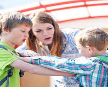 Estratégias para ensinar uma criança a se defender sem violência.