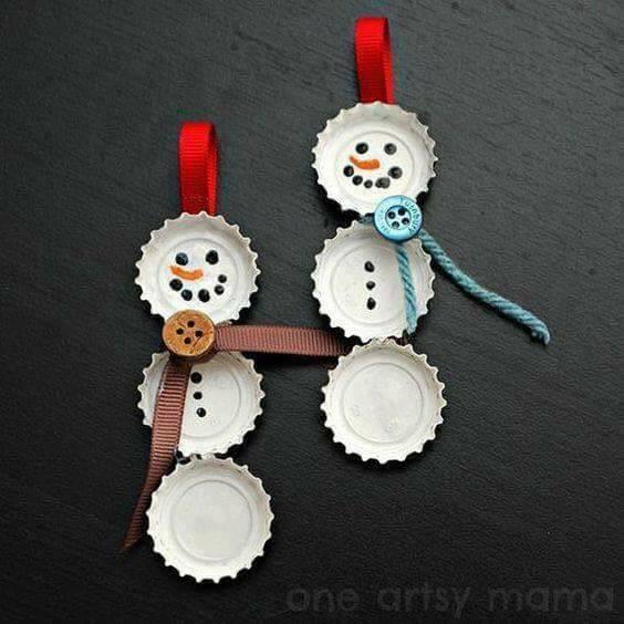 Lembrancinha Boneco de Neve com Tampinhas - Natal.
