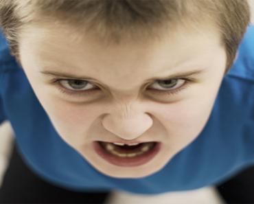 O que fazer quando as crianças estão com raiva?