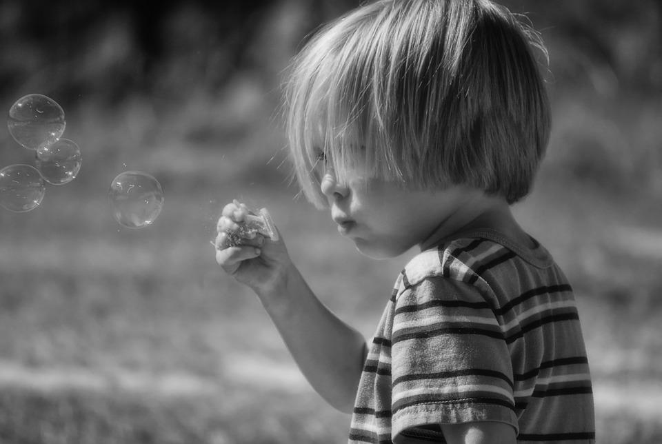 Como estimular o autocontrole em crianças? 5 exercícios para estimular