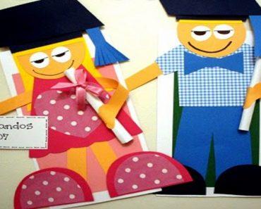 Convite de formatura com menino e menina com moldes para imprimir