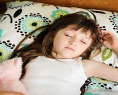 Dicas para desenvolver bons hábitos de sono nas crianças