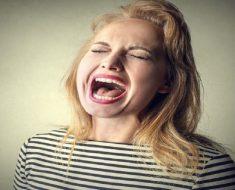 Pare de gritar com as crianças e evite danos emocionais