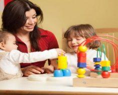 Jogos de estimulação precoce para bebês - Exercícios de estimulação