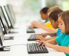 Política de Educação Conectada levará internet de alta velocidade a escolas públicas até 2024