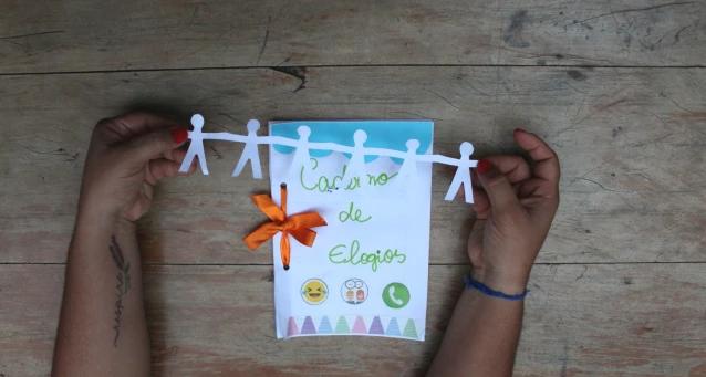 Caderno de elogios para os seus alunos