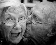 Gosto de risos fáceis, de abraços sinceros e de gente doida e feliz!