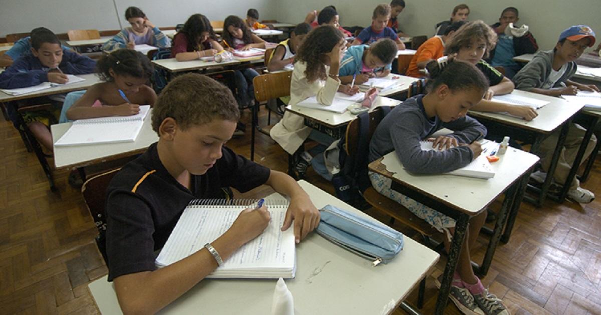 MEC cria programa para reverter estagnação na aprendizagem