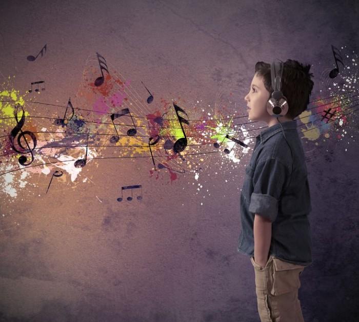 Os benefícios das músicas para crianças