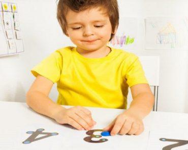 Como educar seu filho para entender uma criança com autismo