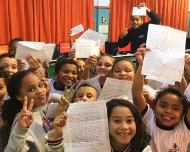 Utilize cartas para promover leitura e escrita