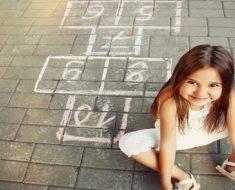 Jogos infantis de acordo com cada estágio de desenvolvimento