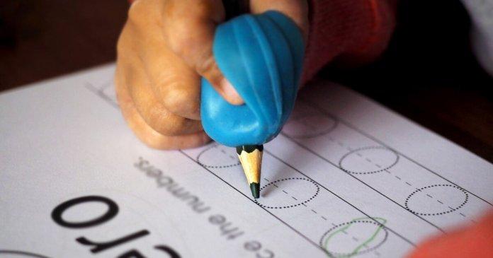 A caligrafia desenvolve o cérebro