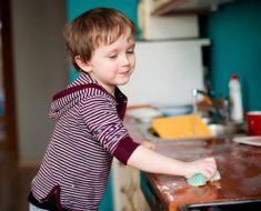 As tarefas domésticas também são para crianças