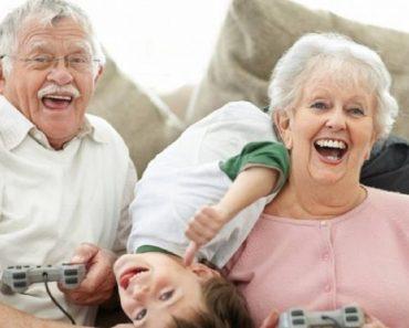 Crianças precisam conviver com os avós para serem felizes