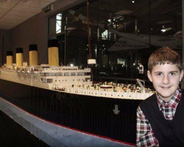 Garoto com autismo constrói réplica do Titanic com 56 mil peças de Lego