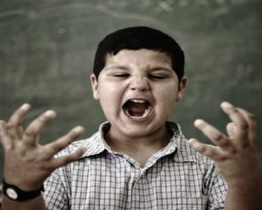 Mau comportamento em crianças com TEA