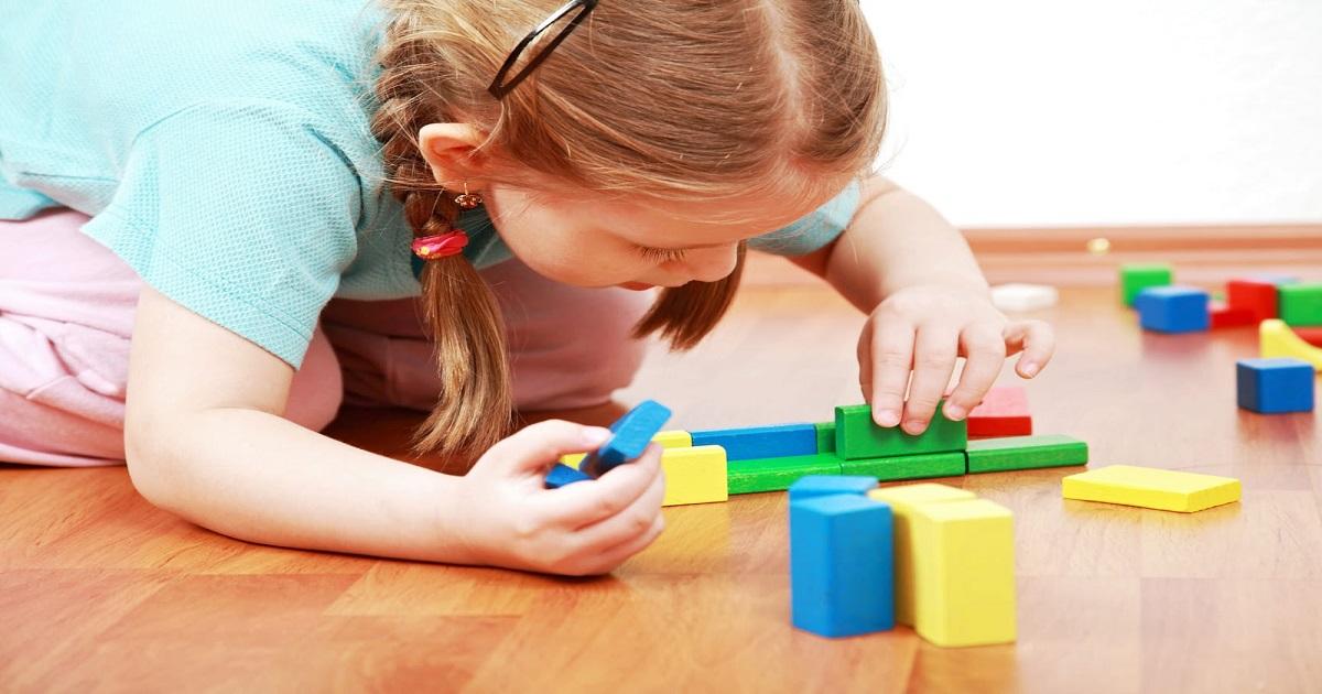 O processo de aprendizagem no brincar segundo Piaget