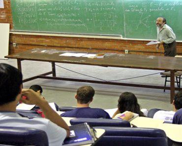 O Brasil é o pais que menos valoriza os professores