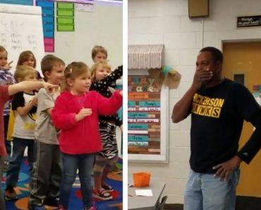 Crianças cantam parabéns em língua de sinais para zelador surdo