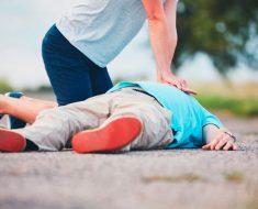 As crianças devem aprender os primeiros socorros na escola