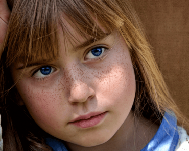 4 sinais de que uma criança não está recebendo carinho