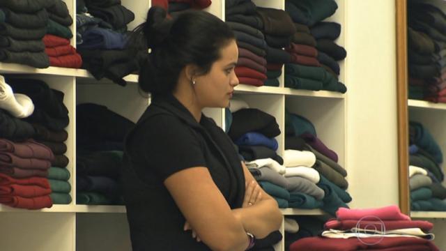 Brasil fica em penúltimo em pesquisa sobre simpatia de vendedores
