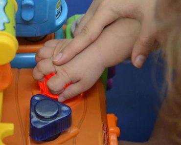 MEC quer que alunos com deficiência possam frequentar apenas escolas e classes especiais