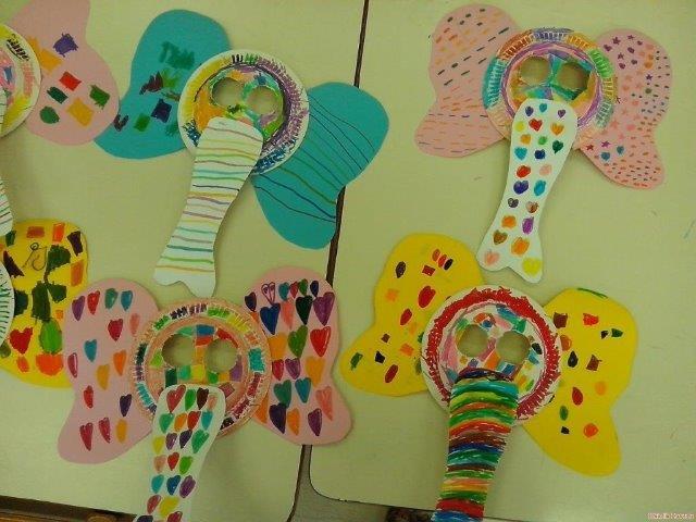 Manualidades e atividades com papel colorido