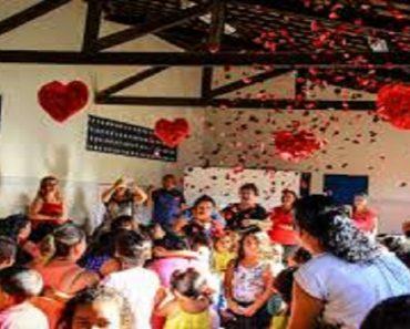 Dia das Mães na escola: comemorar ou não?