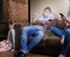 Vício no celular está afastando as famílias dentro das suas próprias casas