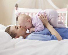 Como aplicar a teoria do apego com seus filhos para aproveitar seus benefícios