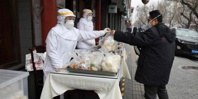 """China proíbe """"completamente"""" o comércio e consumo de animais selvagens"""